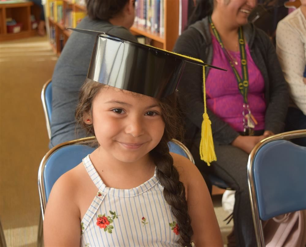 Learning Littles/ Pequeñines Encantados participate in first-ever graduation ceremony
